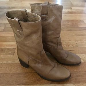 Liebeskind leather boots S37